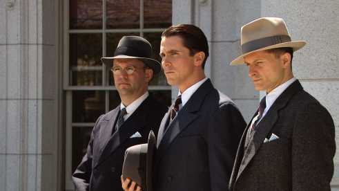 Center-Christian-Bale-star-as-Melvin-Purvis-in-Universal-Pictures-Public-Enemies-27